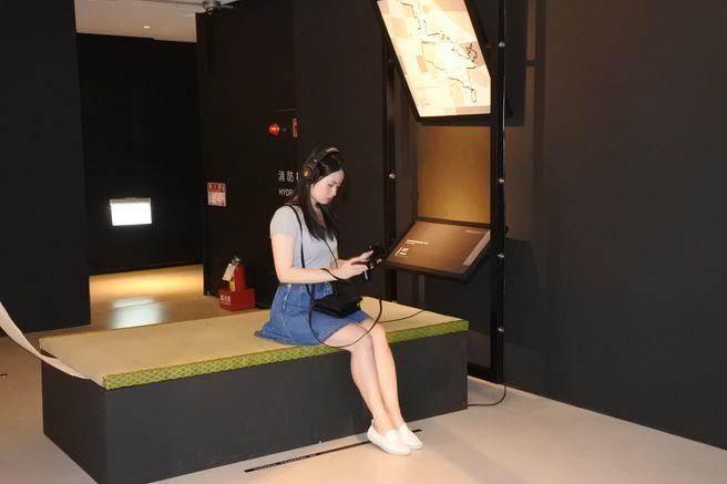 「老爺行旅」9樓裡是「藝術展場」,不僅是住在行旅的客人,一般訪客也能來此「玩台南」,從聲音裡看你對台南的瞭解有多少
